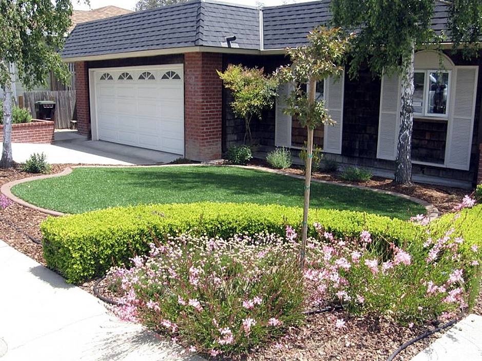 City Front Yard Landscaping Ideas Part - 21: Fake Grass Madison, Florida City Landscape, Landscaping Ideas For Front Yard
