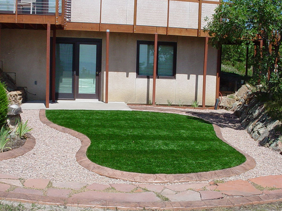 Artificial Turf High Springs, Florida Lawn And Garden ... on Artificial Turf Backyard Ideas id=78973